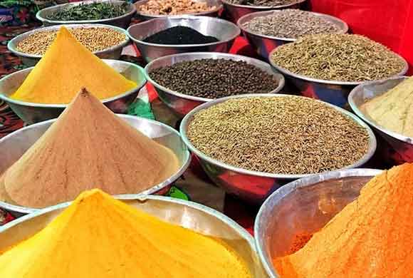 african-spices-amana-nature